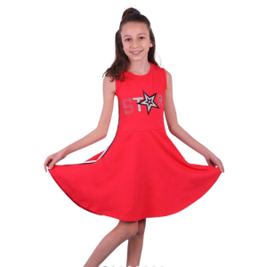 Raudona suknele mergaitei
